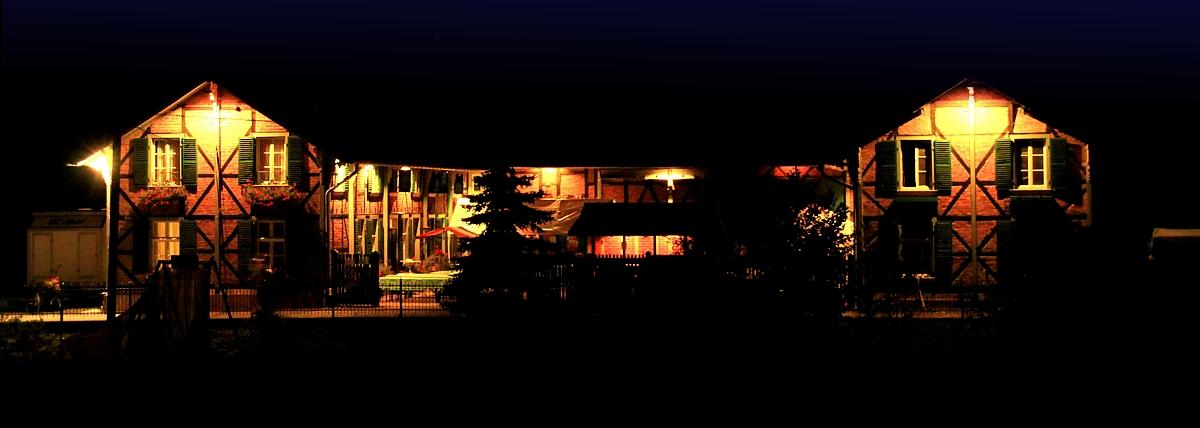 Gut Schiff mit Beleuchtung Bergisch Gladbach Bauernhof Feste Feiern Kindergeburtstage Frischfleisch Gänse